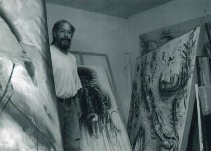 Arturo en su estudio bj